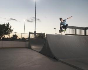 Tuck Knee Air – Kyle Anderson